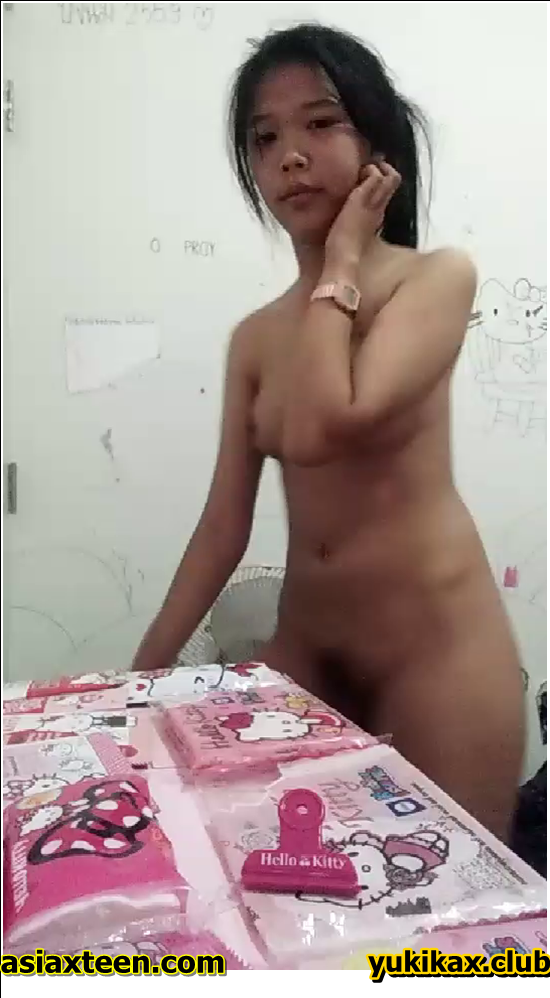 RN-461-470,Japanese girl was secretly filmed for a fitting room,日本の女の子は密かに試着室