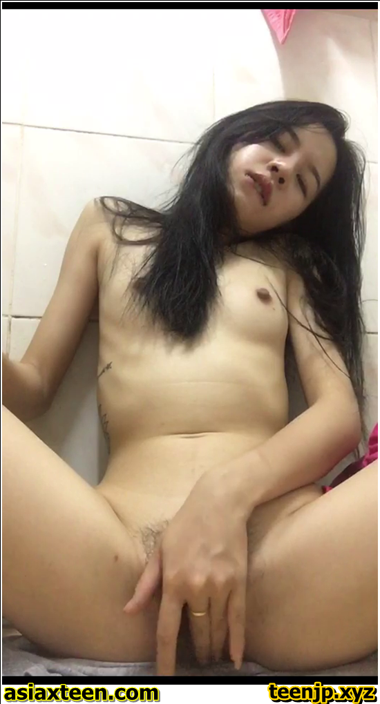 HH-691-700,Japanese girl was secretly filmed for a fitting room,日本の女の子は密かに試着室 Ne