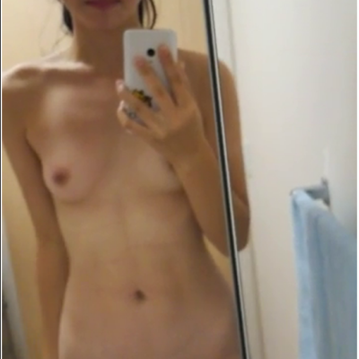 TT-561-570,Japanese girl was secretly filmed for a fitting room,日本の女の子は密かに試着室で N